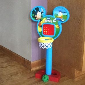 Disney Mickey Mouse 25 in basketball hoop